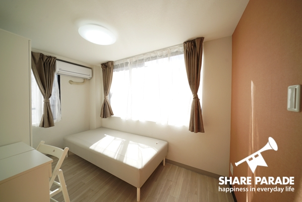 シンプルな家具で揃えられているのでアレンジしやすいです。