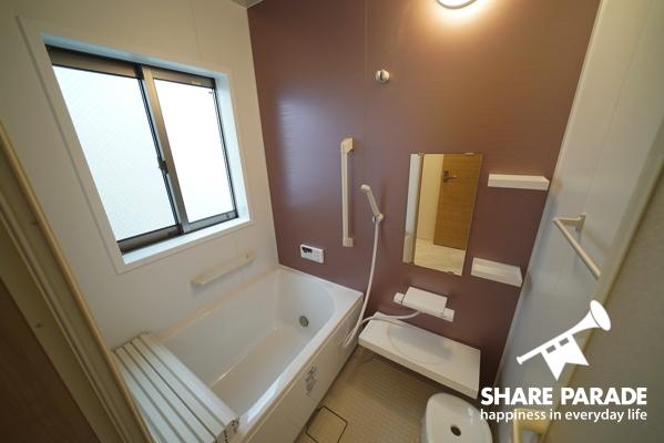 浴槽付きお風呂もあります。