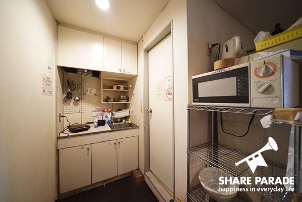 簡易キッチンがあります。