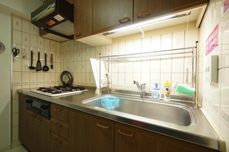 大きなキッチンで料理ができます。
