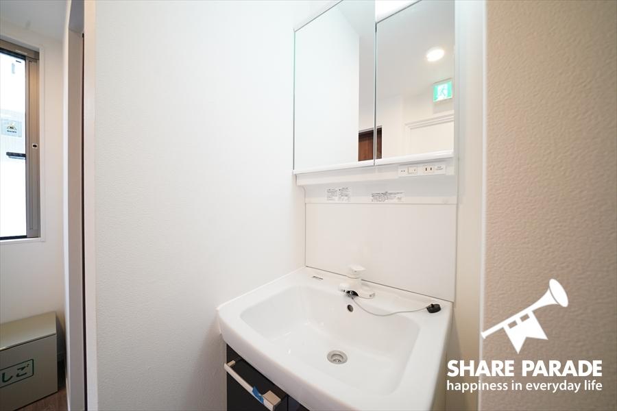 洗面は各フロアにあります。