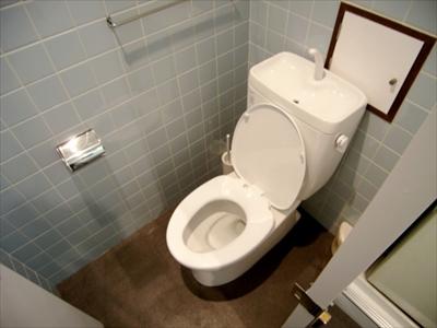 1階のトイレです