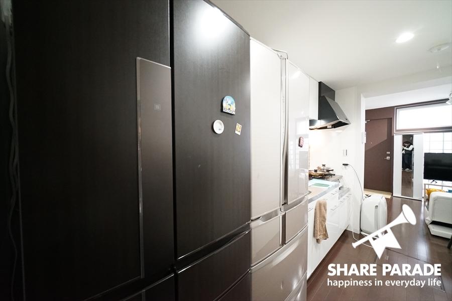 大型冷蔵庫が2つも。