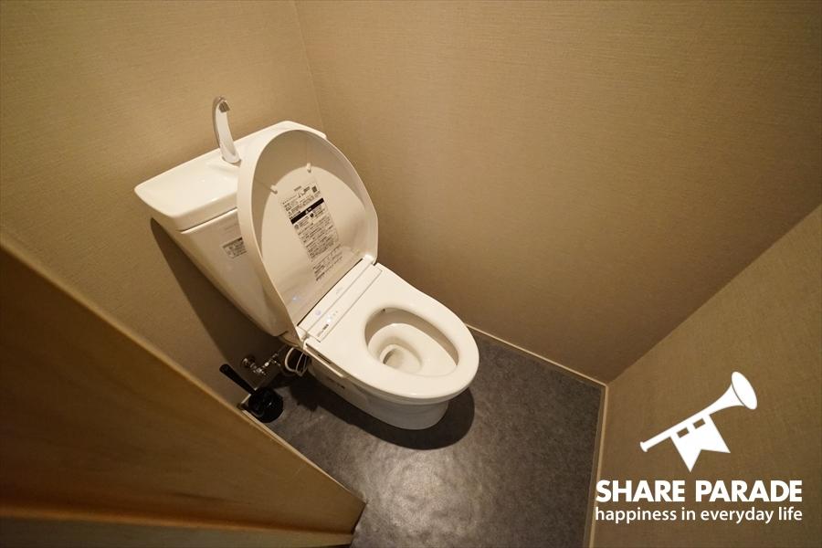 トイレは1Fと2Fに。