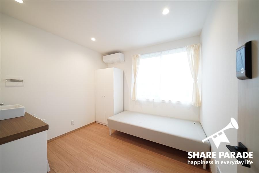 シンプルで使い勝手のよいお部屋。