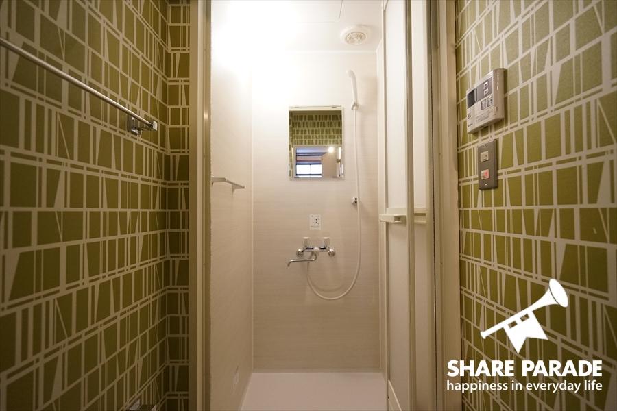 各フロアにシャワールームあり