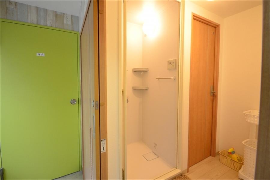 シャワールームも完備