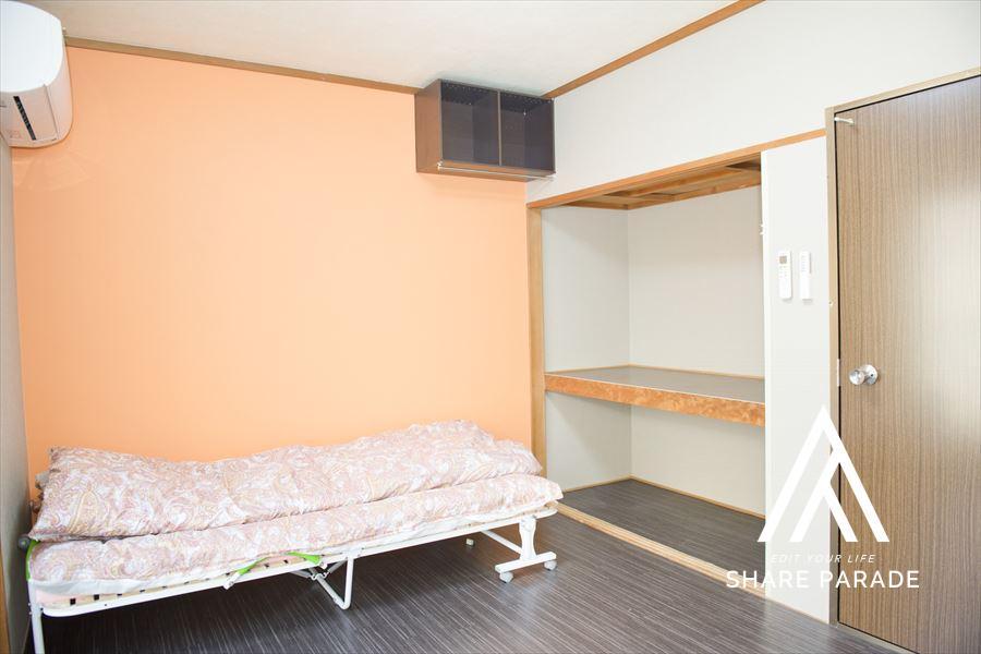 たっぷり収納スペースがあるお部屋です
