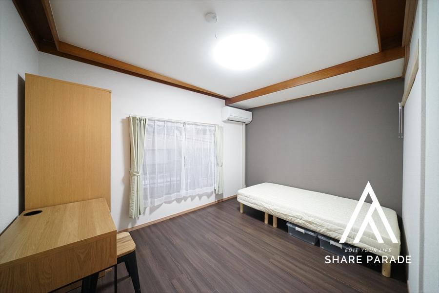 落ち着いた雰囲気のお部屋です。