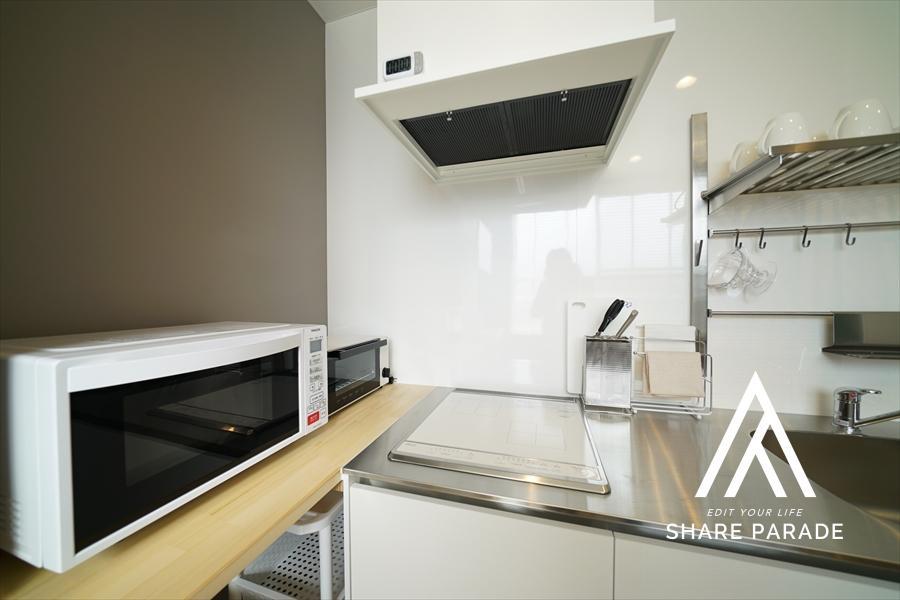 カフェスペースも家電・食器など一式そろっています。