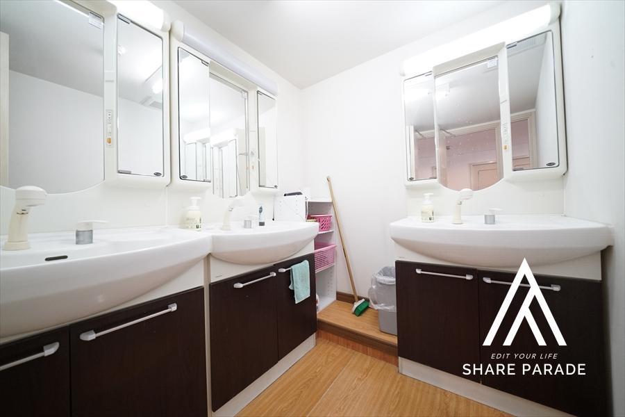 3階にも女性にうれしい独立洗面台をご用意しております!