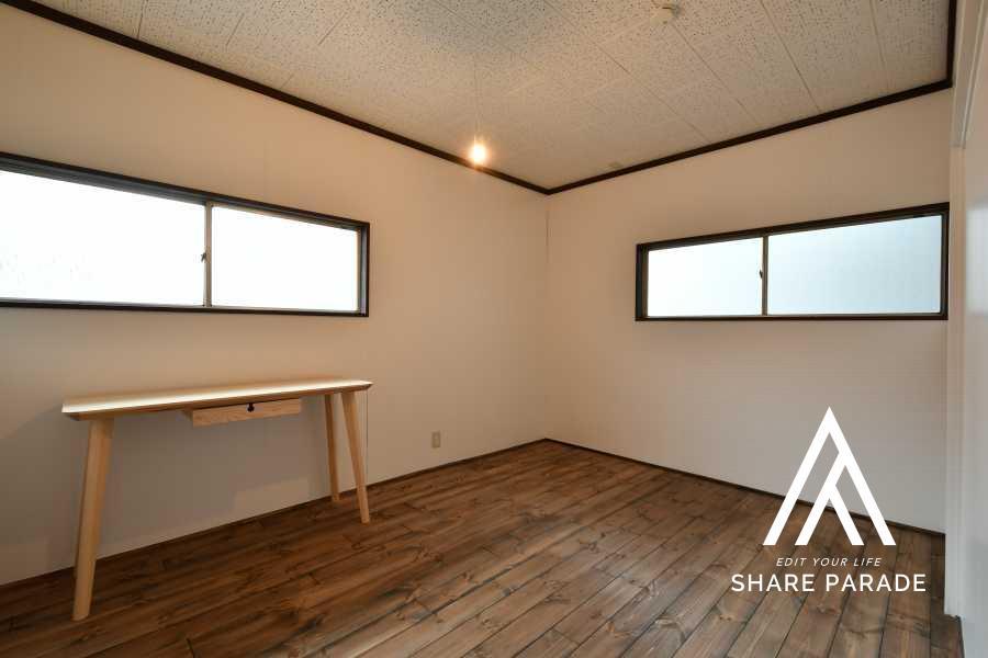 room4:広めのお部屋です。壁面が多くて家具の配置がしやすいです◎